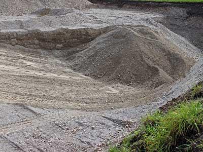 dovoz zeminy skládka sypkých materiálov